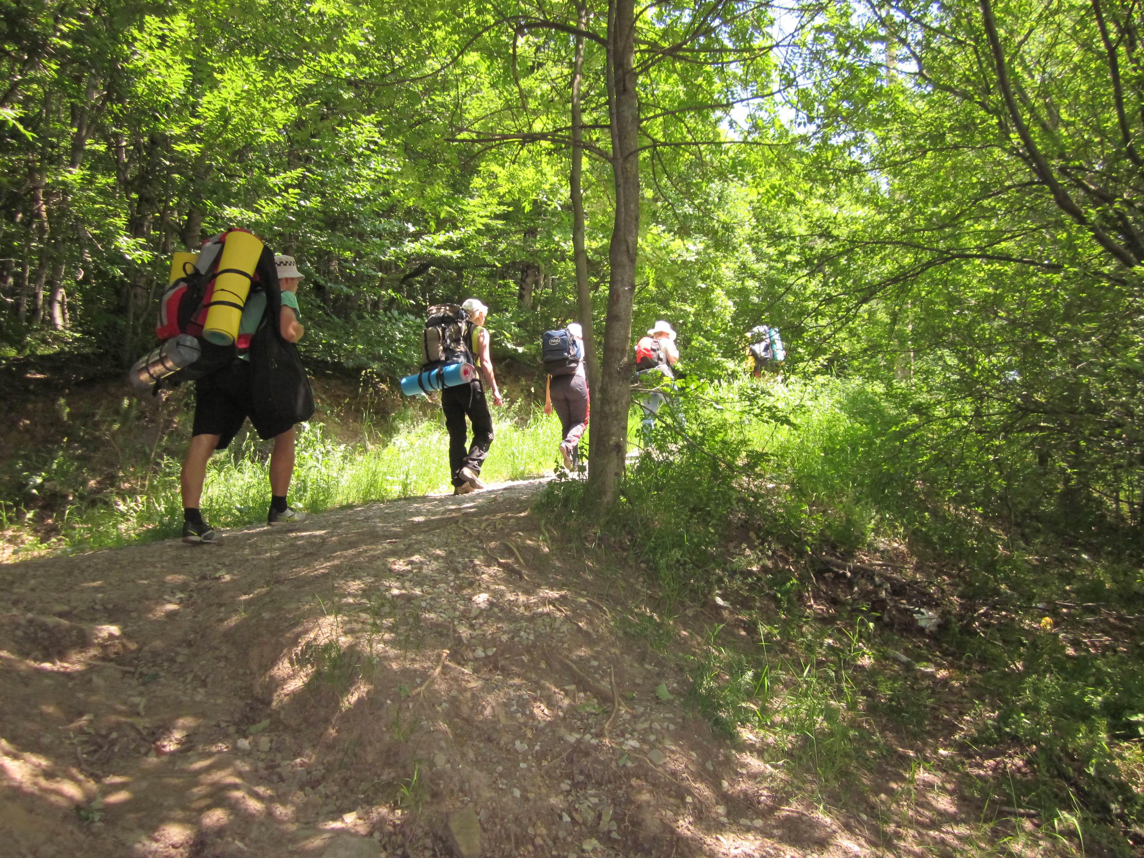 Поход с рюкзаком или ноги к верху на пляже: 10 доводов почему стоит идти в поход